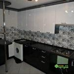 кухня черно-белая, стиль-модерн, тип-с барной стойкой, кухня модерн М51