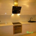 кухня цвет-белый, стиль-модерн, тип-прямая, кухня модерн М02
