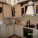кухня цвет-кантри, стиль-классический, тип-угловая, кухня-классическая К34