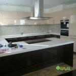 кухня цвет-каппучино, стиль-модерн, тип-с барной стойкой, кухня модерн М11